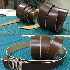 Сегодня я решился сделать 2 заготовки под будущие ремни из небольшой шкурки Cordovan закупленной в Италии. Как жаль что невозможно через фото передать насколько в тактильном плане это Кожа (лошадь!) приятна! Она просто шикарна! I  Cordovan! #belt #leather #handmade #leathergoods #leatherwork #leatherbelt #cordovan by dali_ls #tailrs