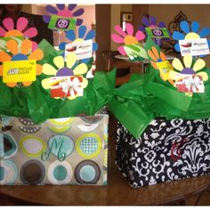 Gift idea from thirty one party!! Great for grads!! http://www.mythirtyone.com/robynlipe