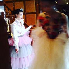 In attesa degli scatti ufficiali con i miei fiori in seta lavorati a mano e il bellissimo abito di @oxanafashion per @missartemodaitalia #mada #fashion #womenfashion #instaitalia #instaitaly #italy #fascinator #instagood #instadaily #instalike #madeinitaly #arte #artigianato #artigian #ragazza #style #hatsummer #hat #cloche #accessories #artigianatoitaliano #accessoryaddict #modella #modelle #model #igers #igersoftheday #portrait #love #girl