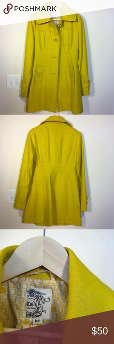 Golden yellow Tulle 3/4 coat Not too bright but perfect yellow! Looks great with blue eyes 👀 in good used condition. Loved this so much I bought two in different colors 😍 Tulle Jackets & Coats