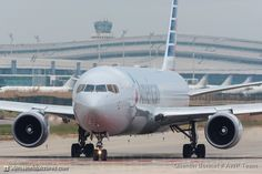 american-airlines-boeing-767-323erwl-n394an 16523077669 o