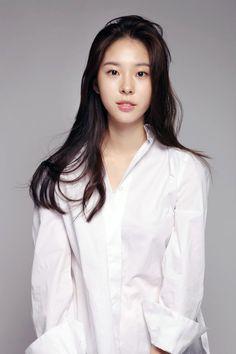 서은수 Golden Life, Korean Actresses, Coat, People, Pictures, Entertainment, Portraits, Women, Sweet