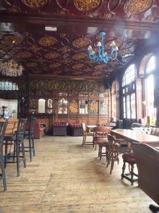 Black Lion Pub, NorthLondon (where I first fell in love with the British!)