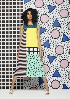 Estilo Memphis, estampas por Camille Walala — never one of my favouite design looks, but fun Pop Art Fashion, Colorful Fashion, Fashion Design, Fashion Studio, Fashion Fashion, Fashion Outfits, Textiles, Moda Pop Art, Mode Camouflage