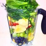 cafe bar inaho - 料理写真:グリーンスムージーならこんなに沢山の野菜とフルーツを一度に摂れちゃいます!