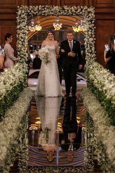 Simple Church Wedding, Church Wedding Flowers, Wedding Entrance, Wedding Ceremony, Wedding Images, Wedding Designs, Wedding Isle Decorations, Dream Wedding, Church Aisle