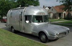 When Airstream meets Oldsmobile!