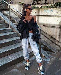 Dad sneakers, looks lindos, sporty outfits, outfits for Sporty Outfits, Mode Outfits, Trendy Outfits, Fall Outfits, Summer Outfits, Fashion Killa, Look Fashion, Teen Fashion, Fashion Outfits