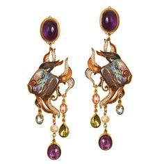 Diego Percossi Papi Black Pearl Earrings  ~oh.my.god... not crazy about the pearls being fish-shaped but otherwise these are PHENOMENAL~