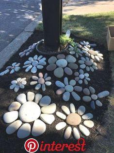 DIY garden decor ideas for a budget backyard . DIY garden decor ideas for a budget back yard . Garden Yard Ideas, Garden Crafts, Diy Garden Decor, Lawn And Garden, Garden Projects, Diy Projects, Garden Decorations, Rocks Garden, Cute Garden Ideas