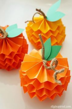 Paper Craft Pumpkins for Fall #artsandcraftsforthanksgiving,