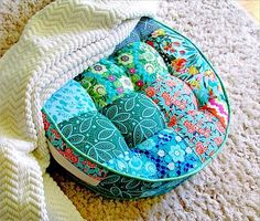 DIY Pillows and Fun Pillow Projects - DIY Tufted Round Patchwork Floor - Creative, Decorative Cases and Covers, Throw Pillows, Cute and Easy Tutorials for Making Crafty Home Decor - Sewing Tutorials and No Sew Ideas for Room and Bedroom Decor for Teens, Teenagers and Adults