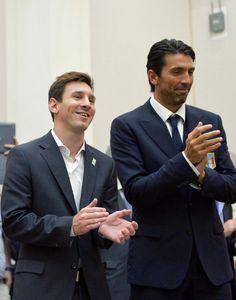 Lionel Messi Bersama Gianluigi Buffon - INDOSPORT.com