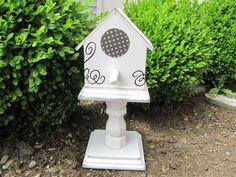 Under My Umbrella: WYLTC: Bird House Tutorial