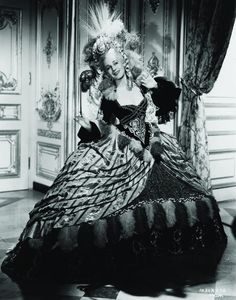 Norma Shearer as Maria Antoinette.