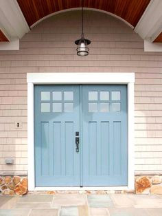 Best Front Door Paint Colors – Popular Colors To Paint An Entry Door. Gardens shows you some of the most popular front door colors for traditional to contemporary home styles. Front Door Paint Colors, Painted Front Doors, Exterior Paint Colors, Exterior House Colors, Exterior Doors, Paint Colours, Exterior Design, Front Door Painting, Beige House Exterior