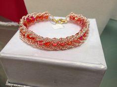 Un preferito personale dal mio negozio Etsy https://www.etsy.com/it/listing/224193088/bracciale-harmony-con-cristalli-rosso