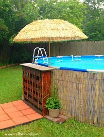 Pallet bar, above ground pool decor, above ground pool, pool bar Piscina Diy, Bar Piscina, Piscina Intex, Above Ground Pool Landscaping, Swimming Pool Landscaping, Above Ground Pool Decks, Above Ground Swimming Pools, In Ground Pools, Landscaping Ideas