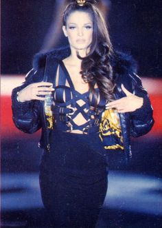 Gianni Versace Fall/Winter 1992 Bondage Collection  #vintage #gianniversace #fashion