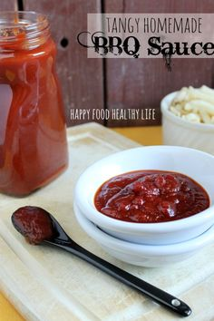 Tangy Homemade BBQ Sauce. Tastier than bottled, and no weird preservatives or ingredients you can't pronounce. HappyFoodHealthyLife.com #BBQsauce #homemade