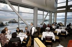 Cliff House - Historic Sites - Dine at this magnificent restaurant by the sea with a view of the Western coast of the city at Cliff House