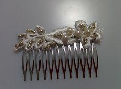 Modelo Constanza sencillo (1 disponible) #peine #pedreria #vintage #lamoradadenoa #perlas #blanco #peine #novia #boda