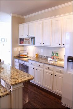 Honey oak cabinets quartz countertops kitchen wall paint with uba tuba granite cabinet painted white full size of office marvellous Rustic Kitchen, Country Kitchen, New Kitchen, Kitchen Decor, Kitchen Design, Kitchen Ideas, Rooster Kitchen, Kitchen Helper, Decorating Kitchen