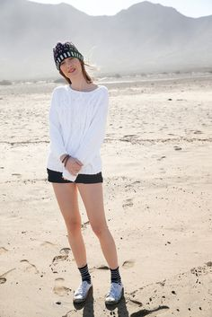 Weißer Pullover mit Zopfmuster gestrickt mit ggh-Garn TAVIRA (100% Baumwolle), Garnpaket zu Modell 9 aus Rebecca Nr. 62