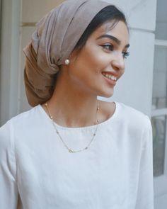 likes, 37 comments … – Hijab Fashion Turban Hijab, Turban Mode, Turban Outfit, Hijab Style Tutorial, Turban Tutorial, Head Scarf Styles, Hijab Chic, Beautiful Hijab, Muslim Fashion