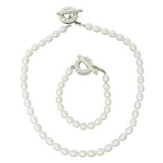 Tiffany & Co. Sterling Pearl Necklace Bracelet Set. Available @ hamptonauction.com at the Fine Jewelry Watches Coins and Collectibles Auction on October 20th, 2014! Come preview our catalog!