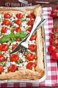 tarta cu rosii si ceapa Romanian Food, Romanian Recipes, Vegetable Pizza, Tacos, Good Food, Cooking, Ethnic Recipes, Desserts, Edith's Kitchen