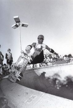 Neil Blender throws down a stylin... frontside tailblock with his signature tweak. Cool as Pro Skater & Artist, always love his shit SkullyBloodrider.