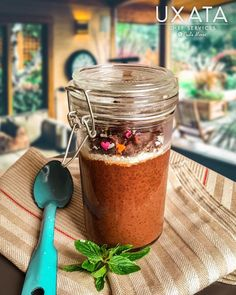 "Uxata Chef Services on Instagram: ""Starting our week and our meatless Monday with this powerful breakfast; chocolate and coconut chia pudding 🥥🍫🌱 Find the recipe in our blog.…"" Coconut Chia Pudding, Chocolate Chia Pudding, Vegan Dark Chocolate, Organic Cacao Powder, Food Names, Personal Chef, Meatless Monday, Cravings, Private Chef"