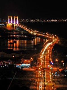 #ThuanPhuocbridge #Danang by night  Please like, share, repin or follow on Pinterest to have more interesting things. Thanks. http://danangfoodie.com/