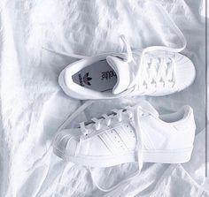 on sale ae42b 1db49 White Adidas Superstar Originals - Adidas White Sneakers - Latest and  fashionable shoes - White Adidas Superstar Originals