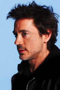 #rdj #hair/ I did not change the descrip on this because I agree this should be pinned to Hair. I should have loads of RDJ pics in hair. I love his hair.