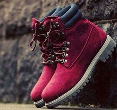 Burgundy Timberlands are too cute!