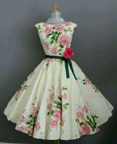 to pink rose english garden party swing dress Pretty Outfits, Pretty Dresses, Beautiful Outfits, Cute Outfits, Gorgeous Dress, 1950s Fashion, Vintage Fashion, Club Fashion, Classy Fashion