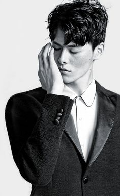 Kim Won Jung. Tessa Gray, Will Herondale, The Infernal Devices, Lunar Chronicles, Cassandra Clare, Character Inspiration, Handsome, Poses, Black And White