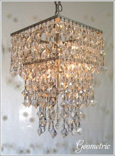 The new look of crystal chandeliers - Boldly geometric