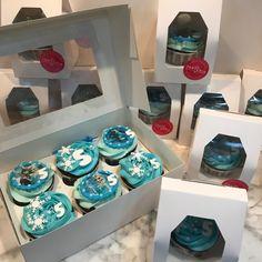 Cupcakes frozen. Cupcakes, Frozen, Breakfast, Desserts, Food, Fondant Cakes, Lolly Cake, Dulce De Leche, Candy Stations
