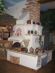 Rozpysana Ukrainian pich., from Iryna with love  Ukrainian stove in a traditional Ukrainian home