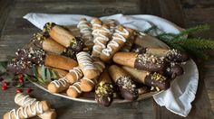 Kransekakestenger Marzipan, Norway Food, Norwegian Christmas, Sausage, Sweets, Cheese, Baking, Ethnic Recipes, Advent