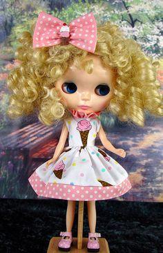 Blythe Blythe dress. Blythe pink dress. Blythe by TheDollsDresser, $32.00