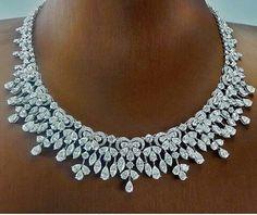 Add elegance around your neckline with cts fancy diamond necklace. - Buy Me Diamond Emerald Necklace, Diamond Pendant Necklace, Diamond Jewelry, Diamond Earrings, Diamond Necklaces, Choker Necklaces, Circle Necklace, Bridal Necklace, Schmuck Design