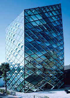 Herzog & De Meuron Prada Tokyo  #architecture #demeuron #herzog Pinned by www.modlar.com