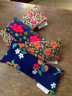 soothe your eyes and relax with our lavender eye packs 15 TL, 5 euro Fabric Scraps, Christmas Stockings, Euro, Stuff To Do, Lavender, Relax, Gift Wrapping, Holiday Decor, Home Decor
