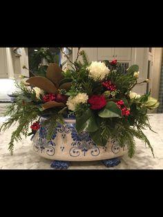 Der Blue and Love Contest ist Teil - Die Enc - Kinderzimmer Ideen Christmas Flower Arrangements, Christmas Flowers, Blue Christmas, Rustic Christmas, All Things Christmas, Christmas Home, Christmas Holidays, Christmas Feeling, Christmas Pictures