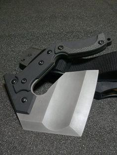 Nemoto Knives - Sai Mon - Its like a hand hatchet :D - DIY Craft's - Mydiddl Tactical Survival, Survival Tools, Survival Knife, Tactical Gear, Cool Knives, Knives And Tools, Knives And Swords, Unique Knives, Beil