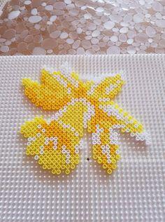 Hama Beads Design, Hama Beads Patterns, Beading Patterns, Bead Crafts, Fun Crafts, Diy And Crafts, Pearler Beads, Fuse Beads, Beaded Cross Stitch